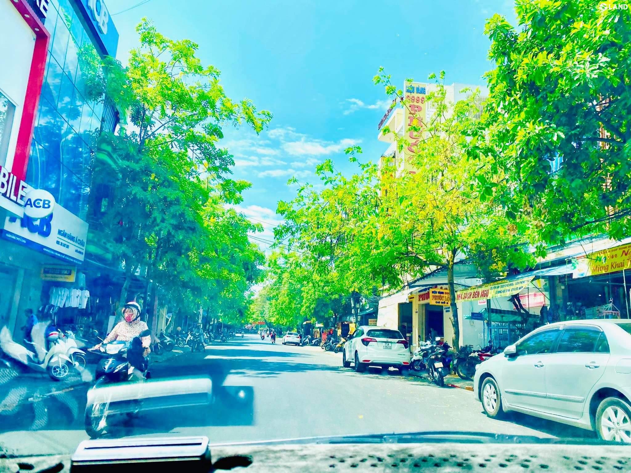 Mặt tiền Phan Bội Châu