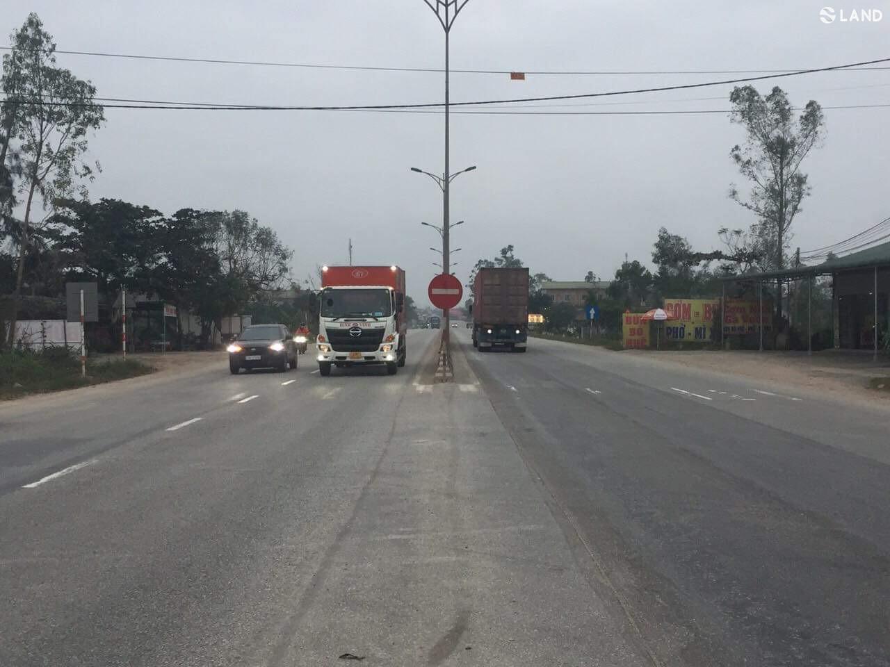 Mặt tiền đường Quốc lộ, gần Bệnh Viện đa khoa Phong Điền