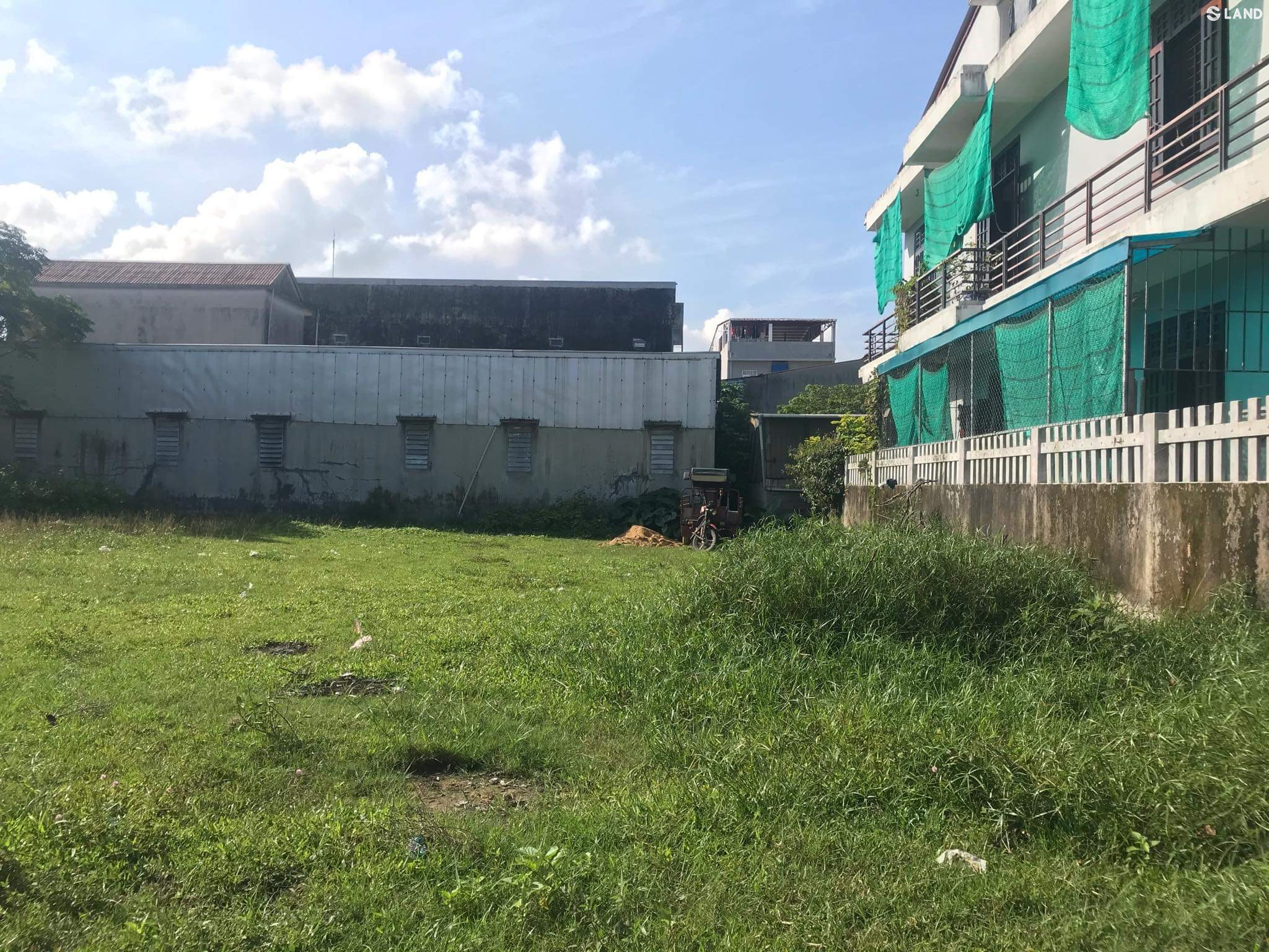Đất mặt tiền Nguyễn Văn Khả ở KQh Đại Học Huế.