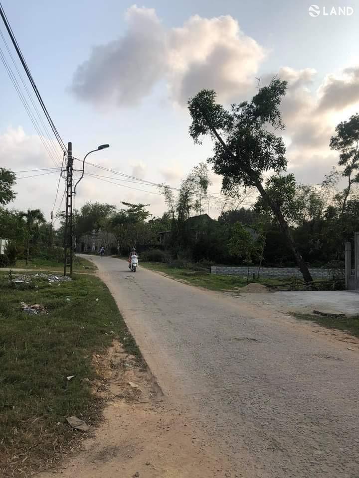 Bán đất mặt tiền Nguyễn Viết Xuân