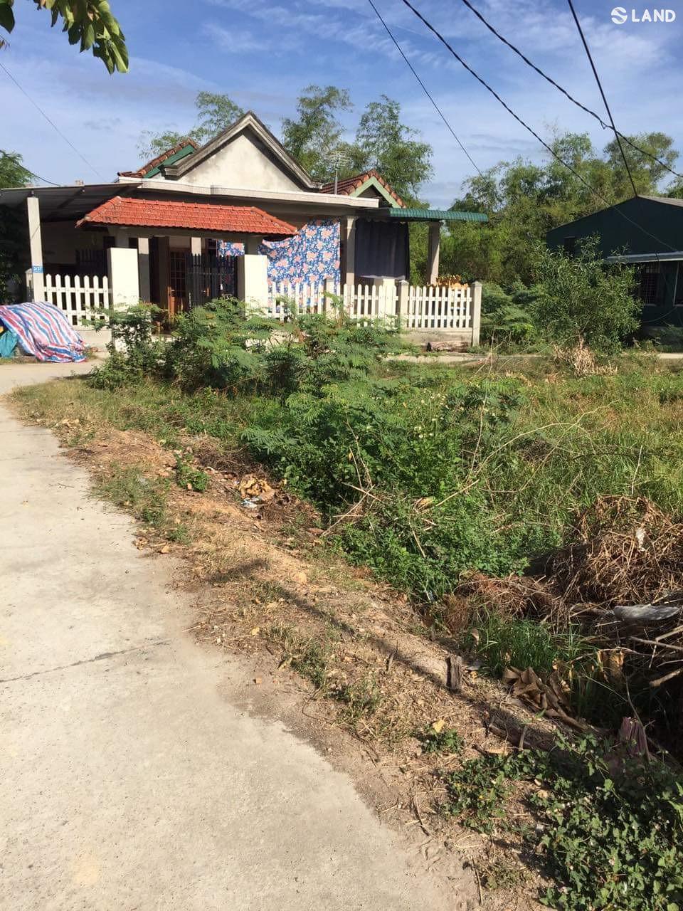 Cần bán lô đất 2 mặt tiền Kiệt 33 Lê Trọng Bật, phường Thuỷ châu, thị xã Hương Thuỷ.