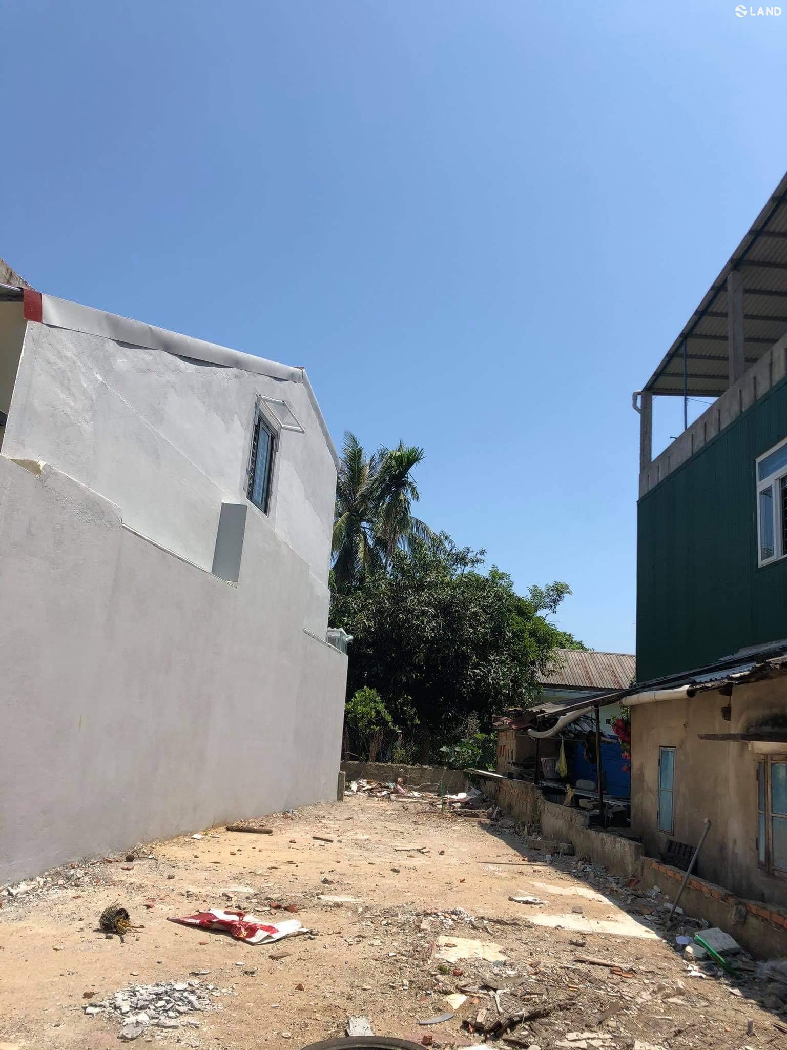 Bán đất kiệt Hồ Xuân Hương